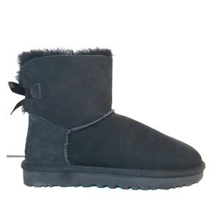 NEW UGG Mini Bailey Bow II Black Shearling Boots 7